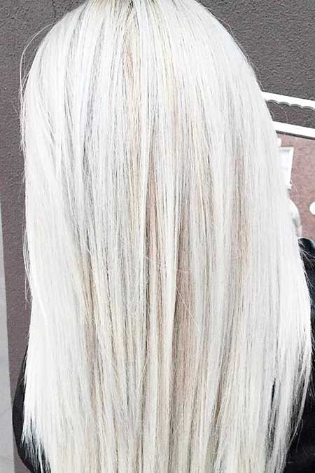 20 Best Platinum Blonde Hair Color Blonde Hairstyles 2020