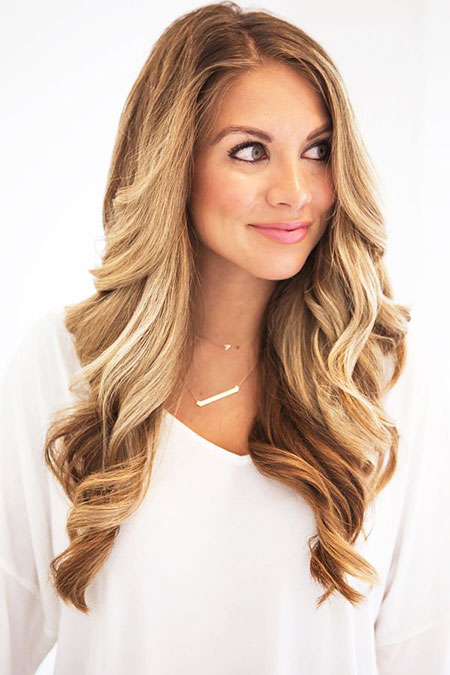 20-long-blonde-big-curls-hairstyles