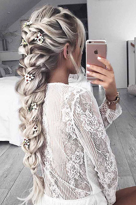 49 Long Blonde Braid Hairstyles