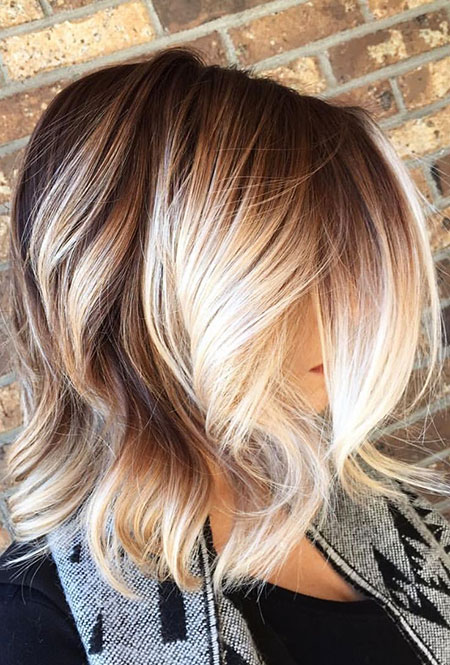 20 Short Blonde Hair With Highlights Blonde Hairstyles 2020