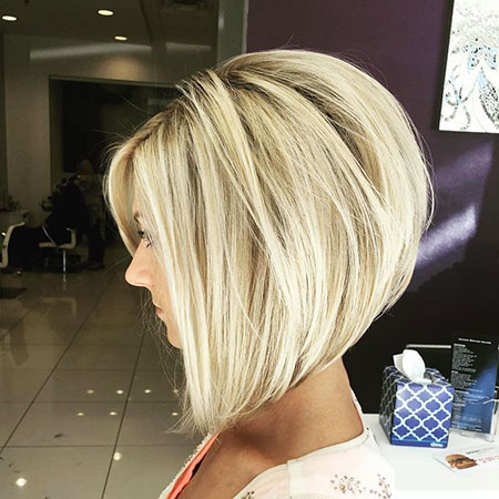 36-short-blonde-hairstyles