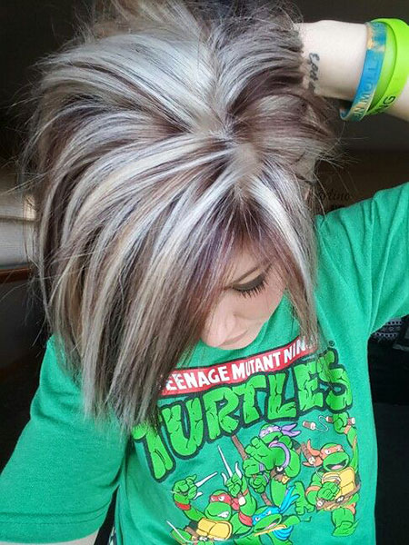 21-short-silver-blonde-hairstyles