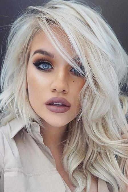 25-beautiful-medium-short-blonde-hairstyles-2017