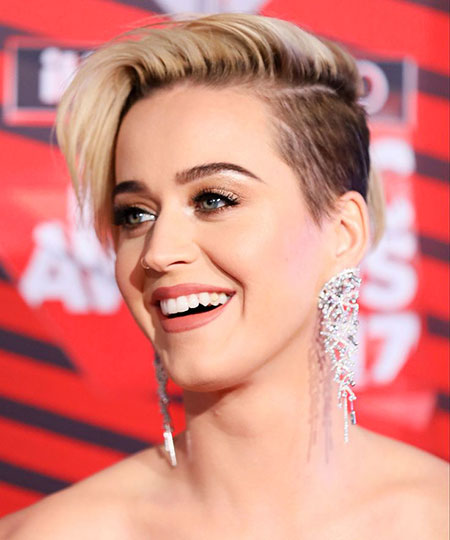 Watson, Short Hairstyles, Miley, Emma, Cyrus, Blonde Hairstyles, 2017