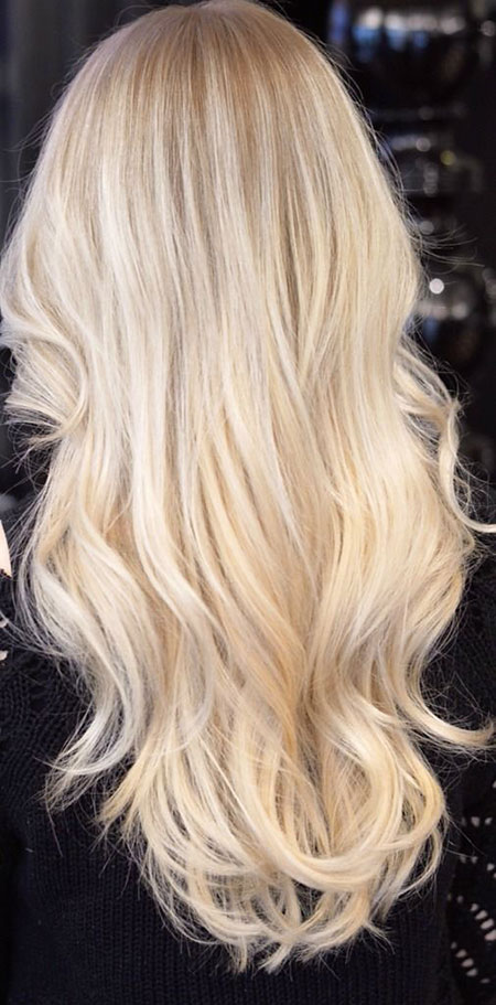 Blonde Balayage Platinum Long Light Highlights