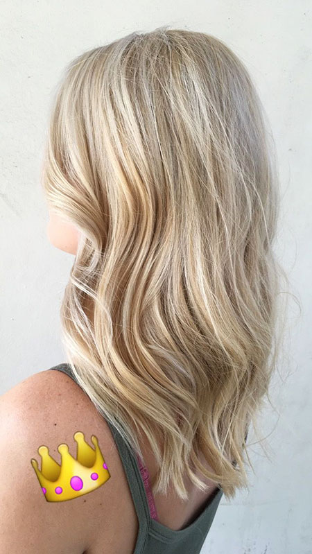 Blonde, Balayage, Highlights, Bob, Medium, Light