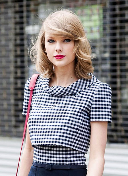 Taylor, Swift, Swept, Stripes, Side, Bob, Bangs, 2017, 2017