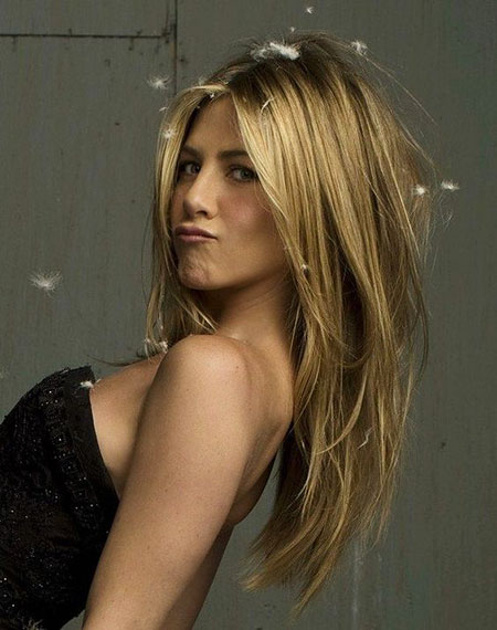 Jennifer Aniston Layered Long Blonde