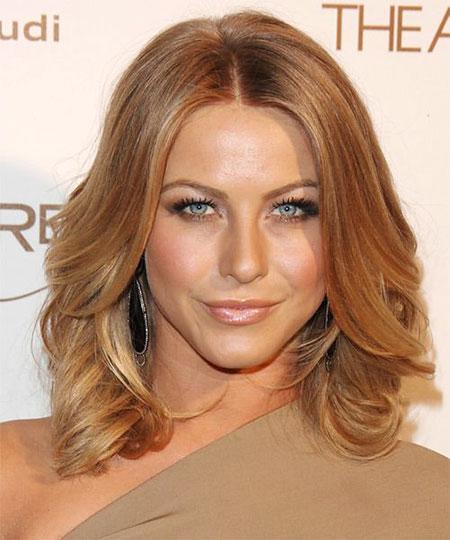Wavy, Shoulder, Medium, Length, Brown, Blonde Hairstyles