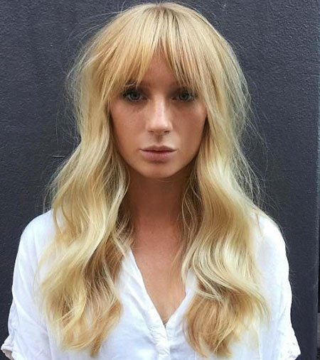 Bangs Long Blonde Wavy Waves Volume Texture Taylor Swift Natural Full