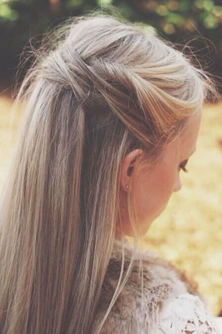 Messy Pony Bun Blonde Years Waves Very Trends Tail