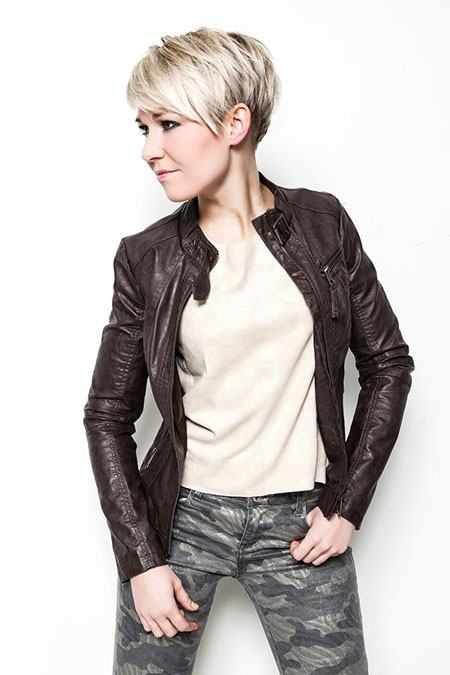 Biker, Moto, Type, Jackets, Cute Hairstyles, Choppy, Blonde Bob Hairstyles