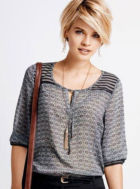 Blonde Hairstyles, Sweater, Shoulder, Short Hairstyles, Shaggy