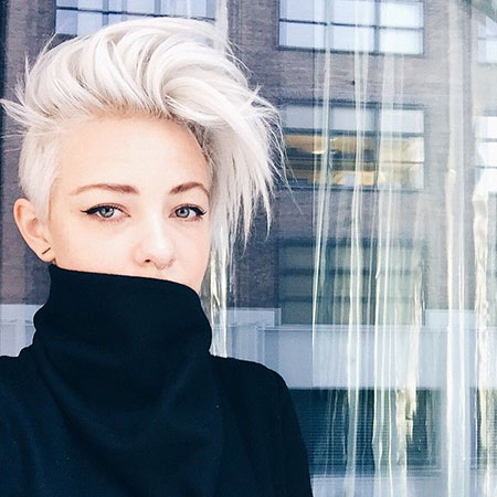 Short Hairstyles, Women, Brittenelle, Undercut, Pixie Cut, Part