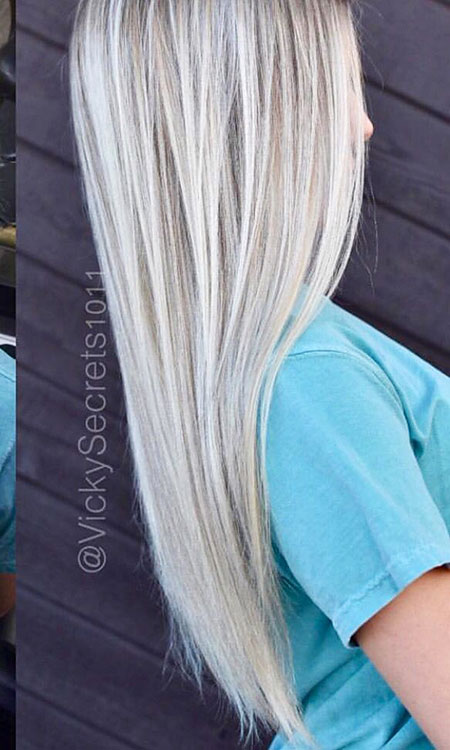 35 Long Platinum Blonde Hair Color Blonde Hairstyles 2020