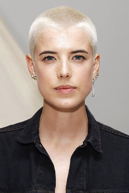 Short Hairstyles, Blonde Hairstyles, Theron, Pixie Cut, Natural, Lowlights