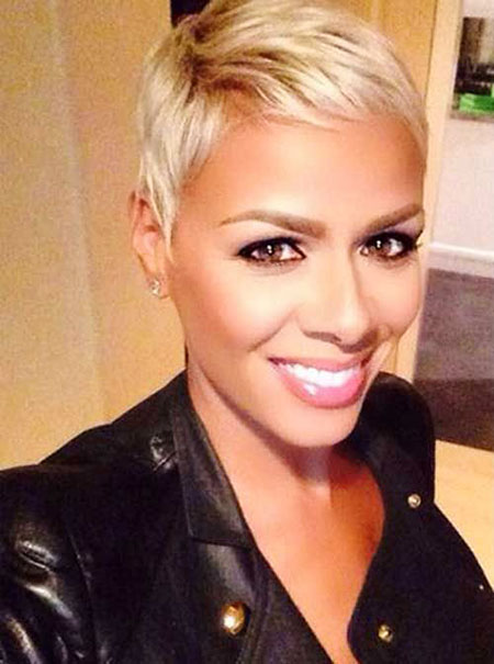 Short Hairstyles, Pixie Cut, Women, Waves, Platinum, Ombre, Modern