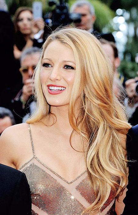 Women Blonde Blake Tips Living Lively Celebrities