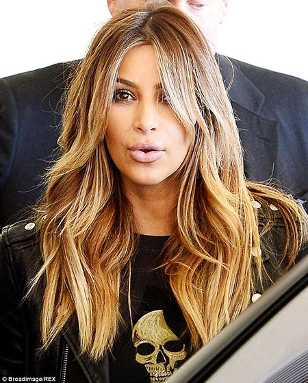 Long Kardashian Blonde Kim Waves Platinum Natural