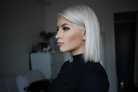Medium Blonde White Hair Color Blonde Hairstyles 2017