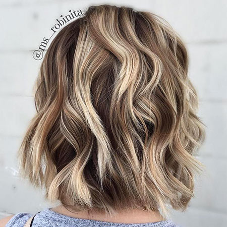 20 Short Blonde Brown Hairstyles Blonde Hairstyles 2020