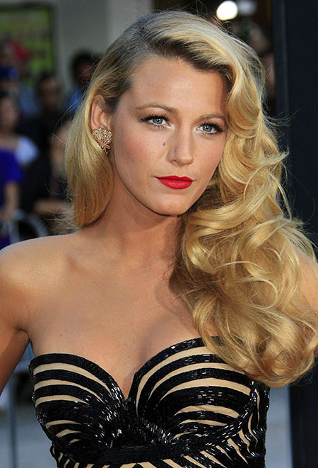 Lively, Blake, Side, Old, Locks, Living, Hollywood, Easy, Curls