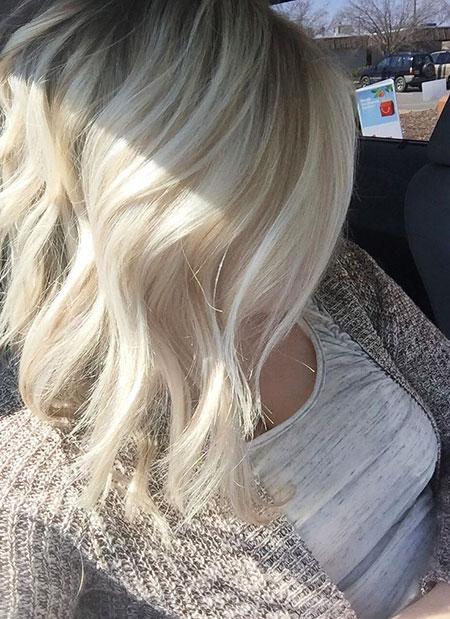 Blonde Angled Bob Hairtyle, Blonde Hair Bob Ash