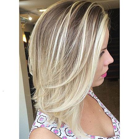 Blonde Length Layered Balayage