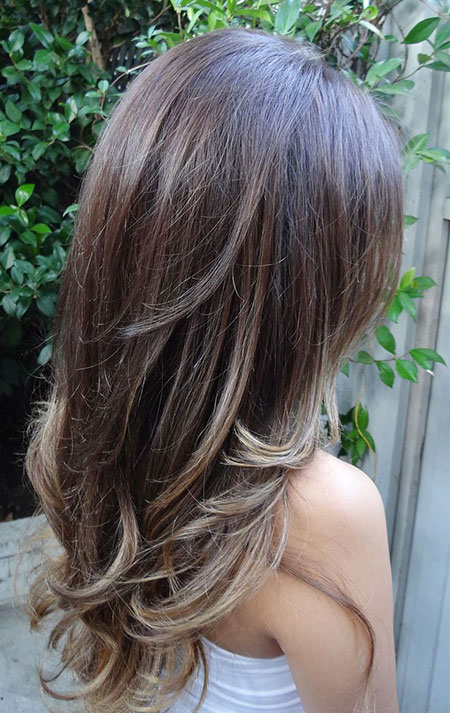 Highlights Layered Brunette Bob