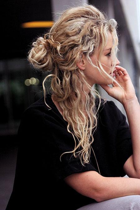 Curly Hair Half Bun