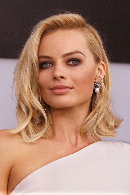 Angelina Margot Brunette Makeup